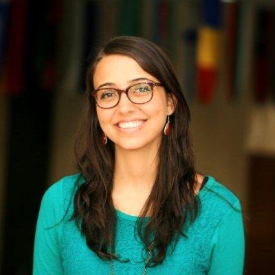 Mariana Costa, Laboratoria